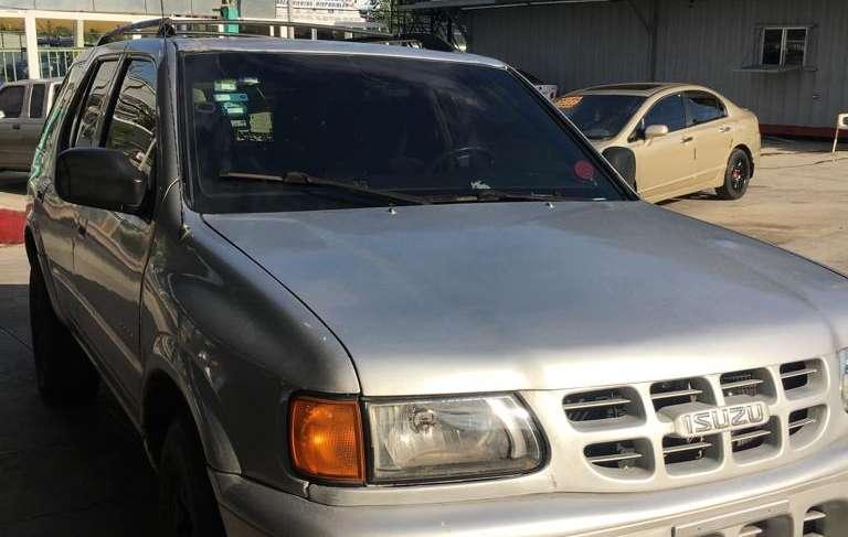 JEEP IZUSU RODEO año 2001 4x4 equipo de gas automatica aire color gris 4 puertas $165 mil,